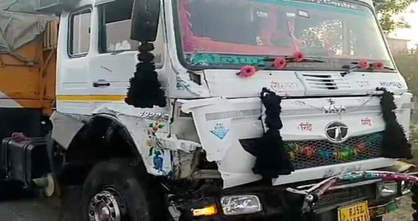 heavy road accident in rajasthan tonk 8 people died on the spot, four injured pragnt