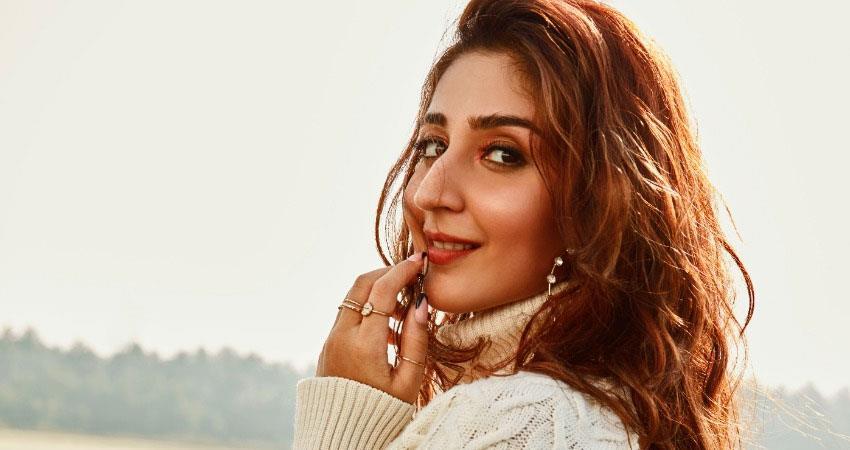 dhvani-bhanushali-pop-sensation-coming-to-love-in-radha-with-bhushan-kumar-anjsnt