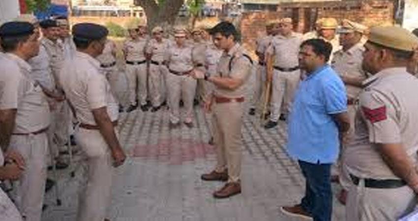 punjab bathinda jail policemen dozen inmates beat