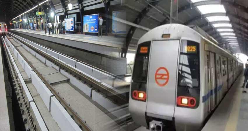 Delhi Metro mother suicide at Inderlok metro station
