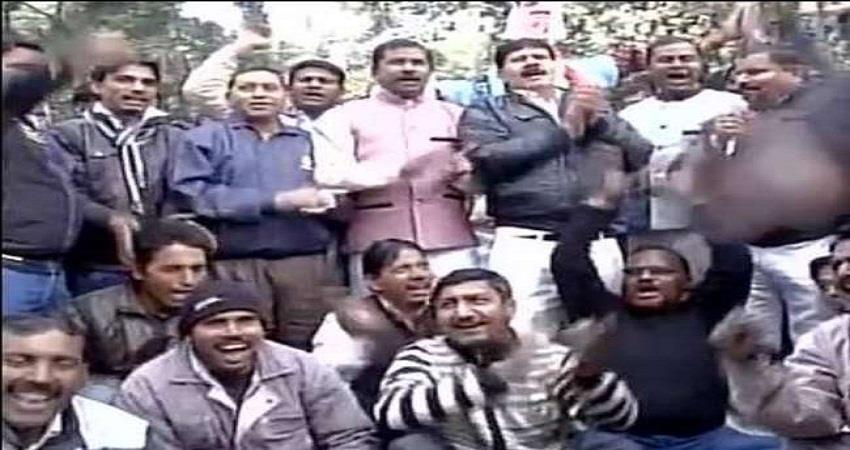 1-lakh-mcd-workers-strike-refused-to-take-corona-vaccine-kmbsnt