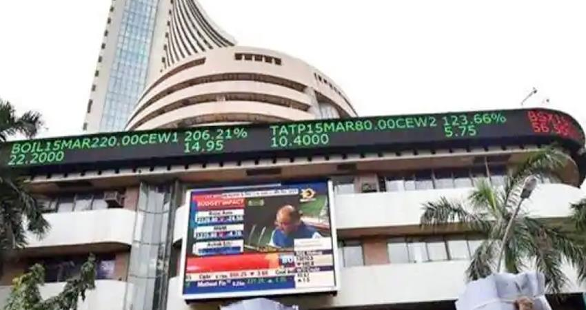sensex-breaks-in-early-trade-nifty-also-slips-market-fluctuations-due-to-profit-booking-prshnt