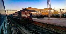 दिल्ली-रेवाड़ी रेल सेक्शन को मिला सेफ्टी क्लियरेंस, अब दौड़ेंगी ट्रेनें