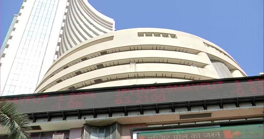 sensex-breaches-its-previous-highest-mark-of-39487-currently-at-39-554-28