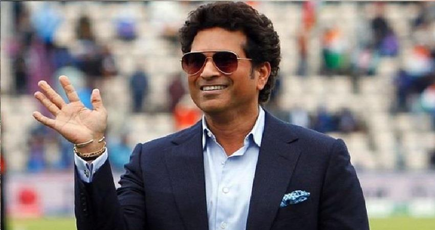 video sachin tendulkar celebrates his 25th marriage anniversary djsgnt