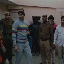 गुरूग्राम: पुलिस ने सेक्स रैकेट का किया भंड़ाफोड़, 12 लड़कियां सहित 16 गिरफ्तार
