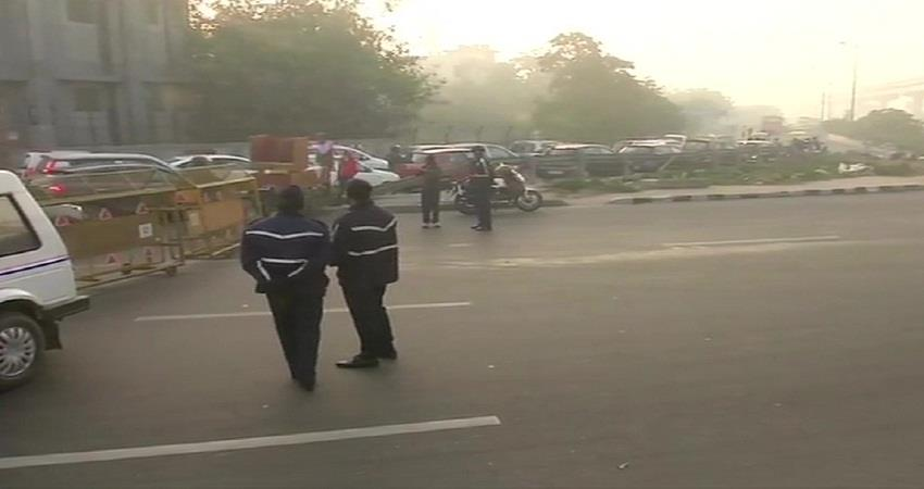 delhi traffic alert roads of delhi are closed due to the farmers protest kmbsnt
