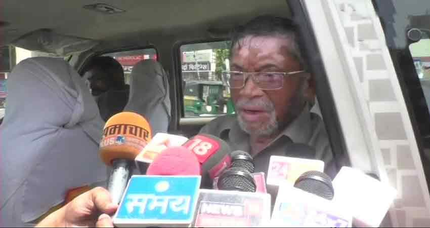 bjp-leader-santosh-gangwar-controversial-statement-on-rape-cases