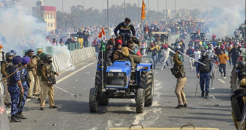 two leaders of samyukta kisan morcha suspended for tractor parade route violation kmbsnt