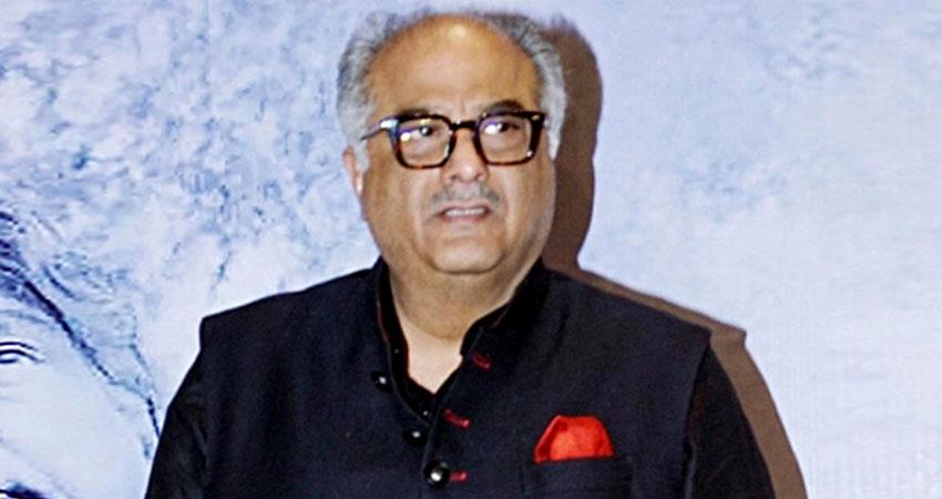 boney kapoor house worker tested corona positive sosnnt