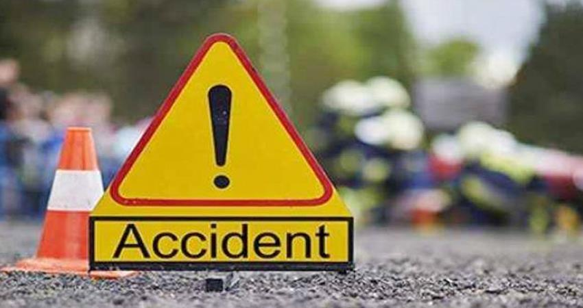 high speed tempo collides in south west delhi four killed prshnt