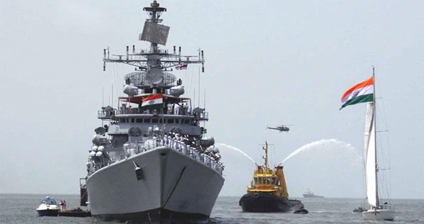 hanging-from-financial-crisis-modernization-of-navy-aljwnt