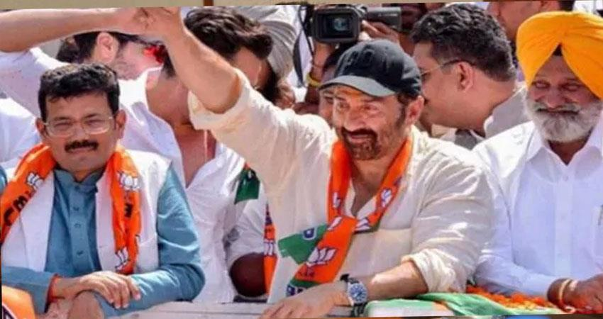 sunny-deol-dies-in-accident-during-campaigning-in-gurdaspur