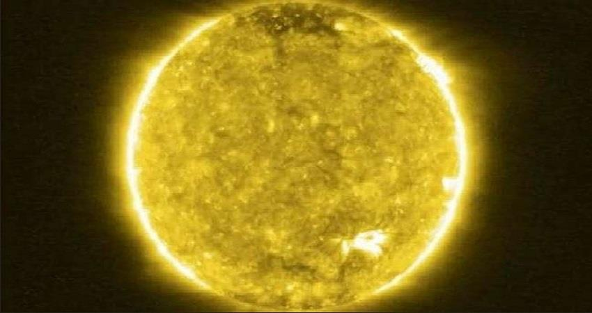 nasa-solar-orbiters-first-images-reveal-campfireson-sun-closest-picture-prsgnt