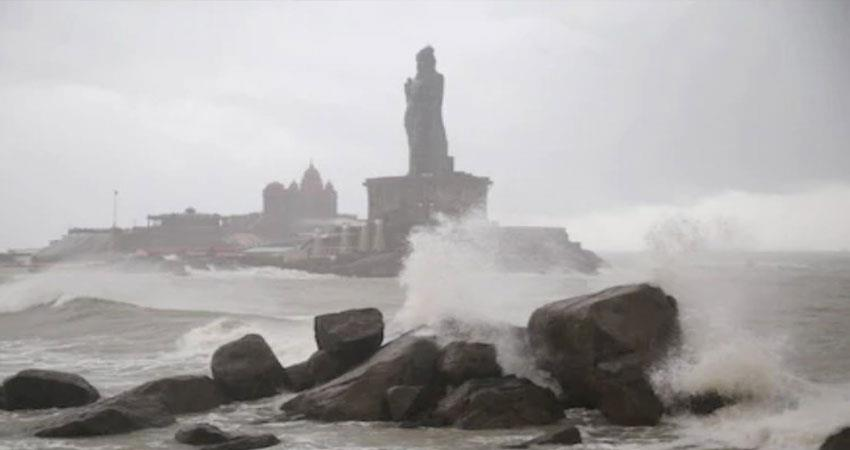 alert-issued-for-yas-storm-coast-guard-warns-fishermen-and-sailors-to-return-prshnt