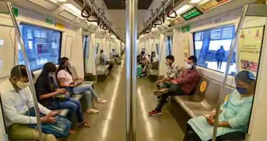 delhi metro social distancing rules challan kmbsnt