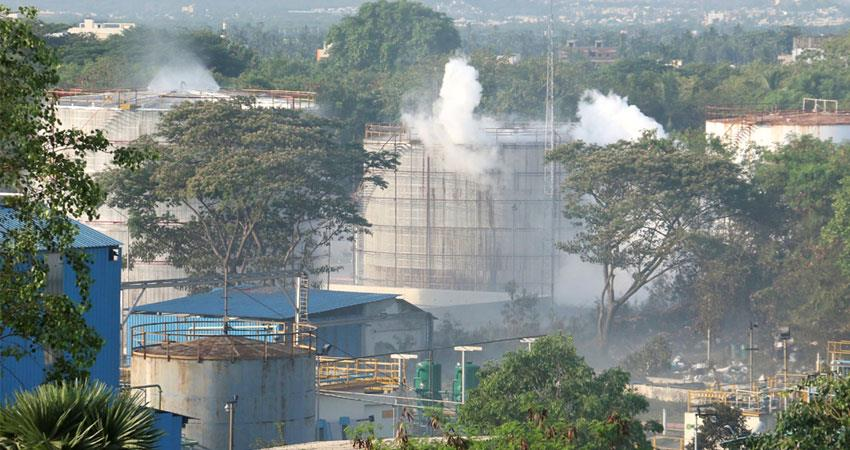 poisonous-gas-leak-case-in-visakhapatnam-after-bhopal-gas-tragedy-aljwnt