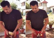 अगर आपको भी बनाना है कच्चे प्याज का अचार, तो वीडियो में देखें  सलमान खान की Recipe