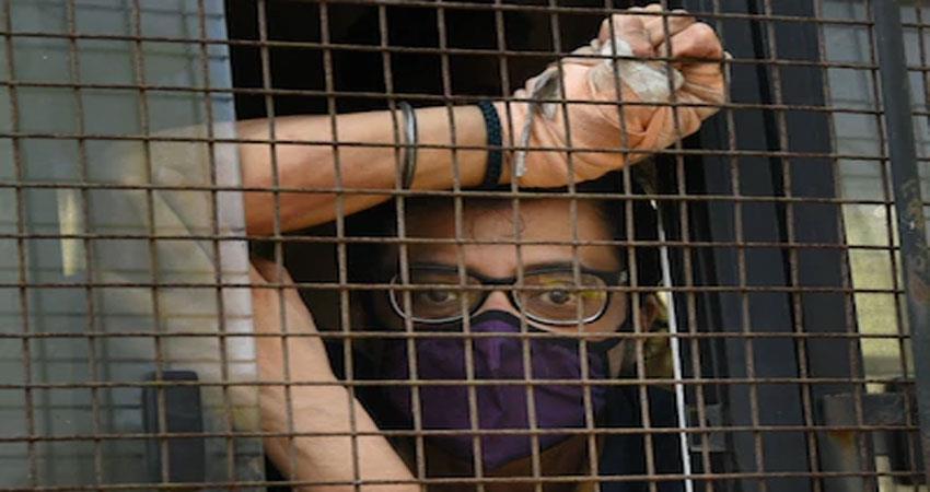 bombay high court rejects arnab interim bail users said sorry babu anjsnt