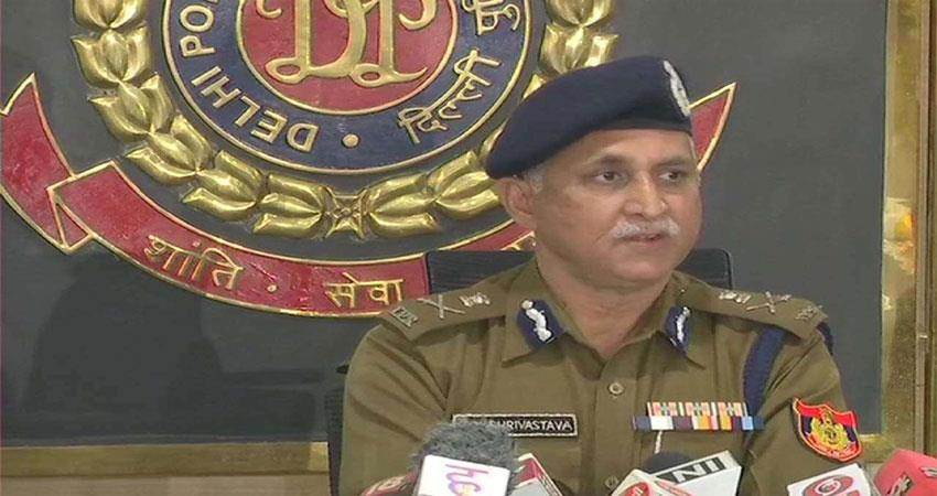delhi police: it is the responsibility of all of us to protect from corona musrnt