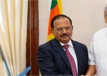 श्रीलंका में राजपक्षे से मिले डोभाल, हथियार के लिए भारत देगा 5 करोड़ डॉलर