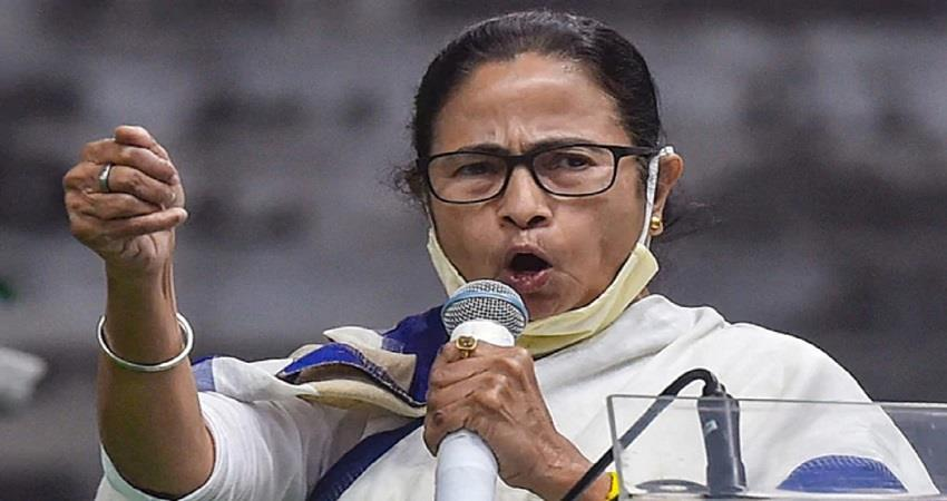 cooch bihar violence cm mamata banerjee speaks to the victim families over phone kmbsnt