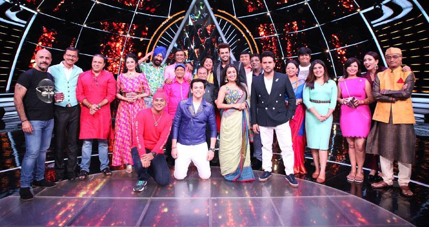 tarak-mehta-ka-ooltah-chashmah-team-on-the-set-of-indian-idol-10