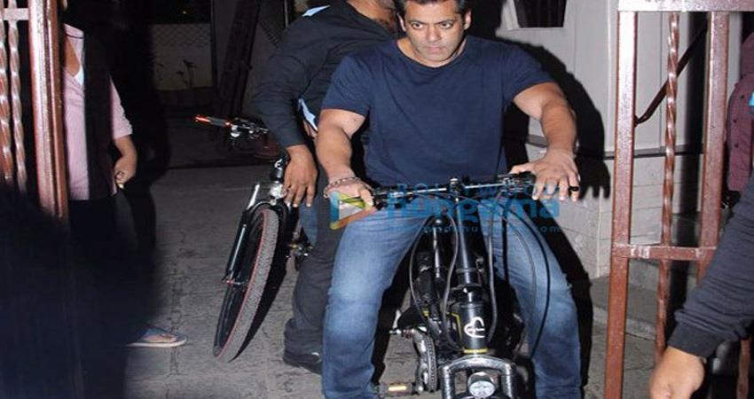 salman-khan-bicycle-ride