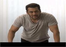 Video: बर्थडे पर फैंस से मिलकर fM भावुक हुए सलमान खान, आखों में नजर आए आंसू