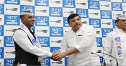 AAP में शामिल हुए पूर्व मेजर विक्रांत खरे समेत BJP-CONG-BSP के ये नेता