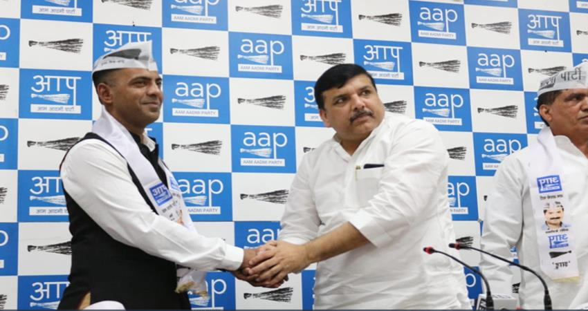 former-major-vikrant-khare-bjp-cong-bsp-leaders-join-aap