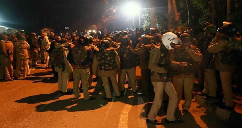 delhi-police-receives-clean-chit-in-jnu-violence-djsgnt