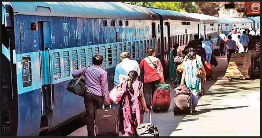 indian-railway-reopens-train-ticket-booking-counters-post-office-prsgnt