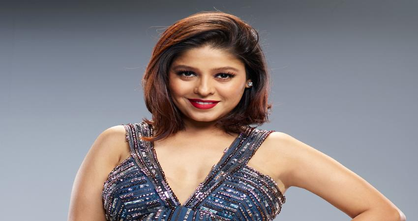 happy-birthday-to-beautiful-singer-sunidhi-chauhan-know-some-unknown-facts