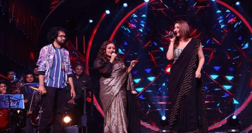 neha kakkar and dhvani bhanusali dance on dilbar  sosnnt