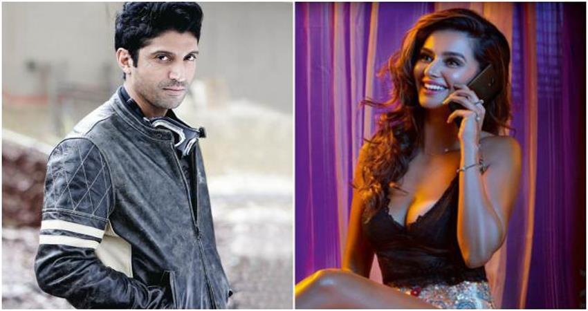 farhan-akhtar-and-shibani-recent-post-is-making-instagram-warm-up-with-love