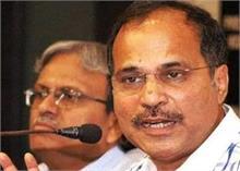 दिल्ली हिंसा: अधीर रंजन ने मोदी सरकार को ठहराया जिम्मेदार, पूछा- ये होते हैं अच्छे दिन?