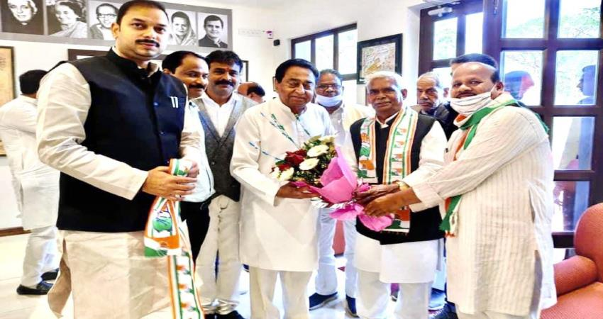babulal chaurasia joined congress in presence of former cm kamal nath pragnt