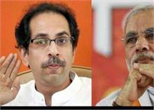 कोरोना की दूसरी लहर से महाराष्ट्र की हालत खराब, CM ठाकरे ने पीएम मोदी से की बात