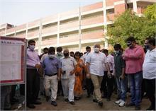 दिल्ली: स्कूल निर्माण कार्य में तेजी लाने के लिए सिसोदिया के 'ताबड़तोड़' निरीक्षण