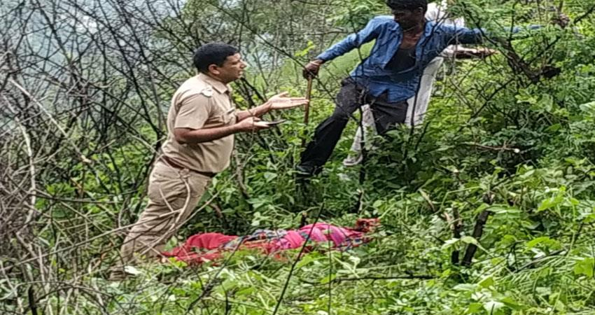 guldar''''s orgy in tehri, half-eaten body of woman recovered musrnt