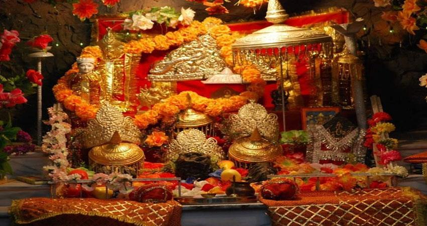 in 3 days of navratri, 15 thousand devotees attended vaishnav devi musrnt