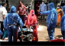 मुंबई का धारावी संक्रमण रोकने में आगे, टीकाकरण में कश्मीर ने बनाया रिकोर्ड, जानें क्या है स्थिति