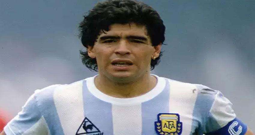legendary footballer diego maradona dies at age 60 bollywood celebs say- rip legend anjsnt