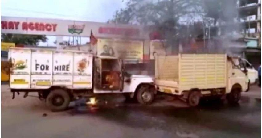 clash-at-bjp-party-offices-in-bengal-old-and-new-bjp-workers-fight-vehicles-set-on-fire-prsgnt