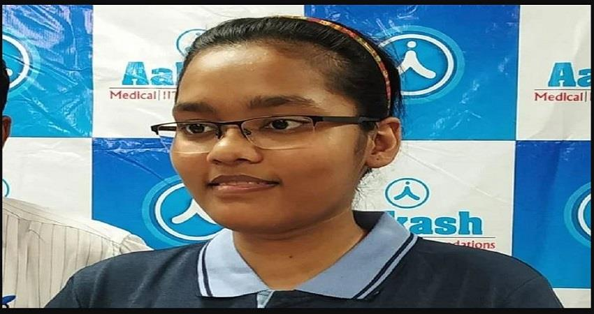 Akanksha Wants To Serve The Poor By Becoming A Neuro Surgeon prsgnt