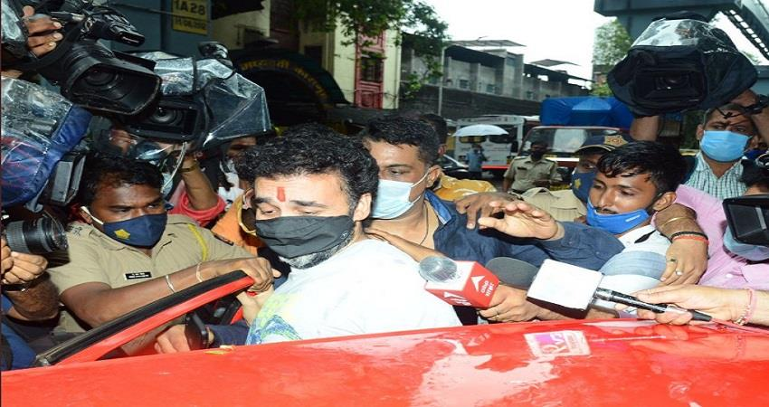 Raj Kundra in tears as he returns home from jail after two months