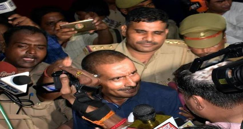 accused amirkhan approached delhihighcourt challenging charges against him unnaorapecase