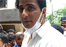 अभिनेता सोनू सूद 20 करोड़ से ज्यादा की टैक्स चोरी में शामिल: आयकर विभाग