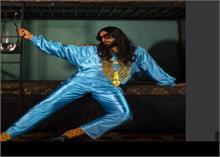 लम्बे बालों के साथ सोने का हार पहने दिखे रणवीर सिंह, यूजर्स बोले-बाबा रणवीरदास...
